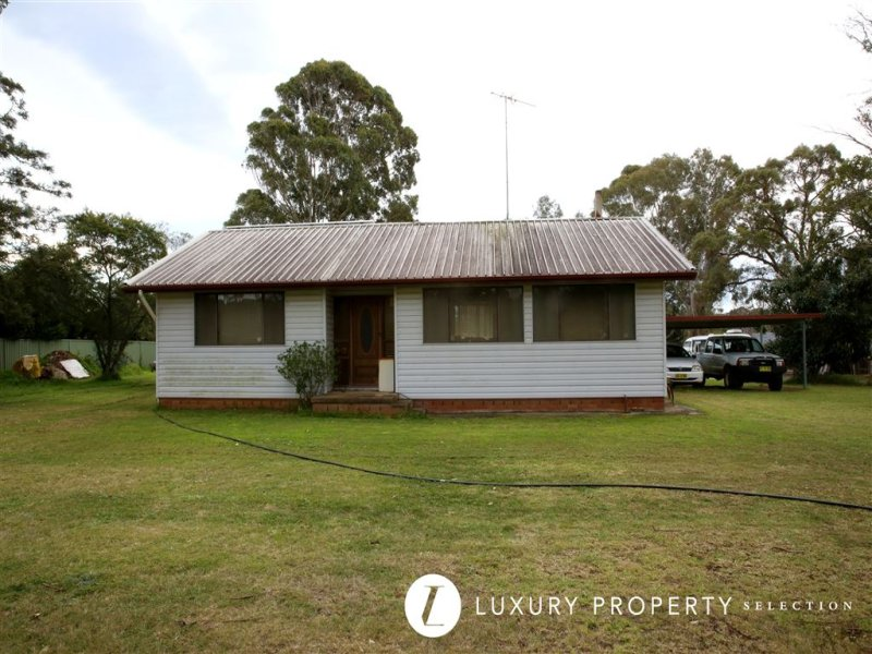 24 Smalls Road, Grasmere, NSW 2570