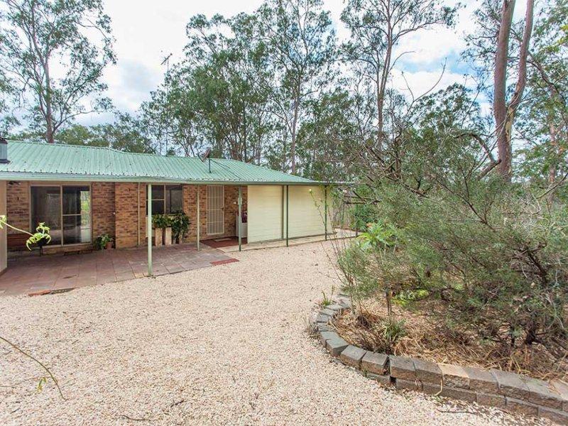 89 Dugandan Road, Upper Lockyer, Qld 4352