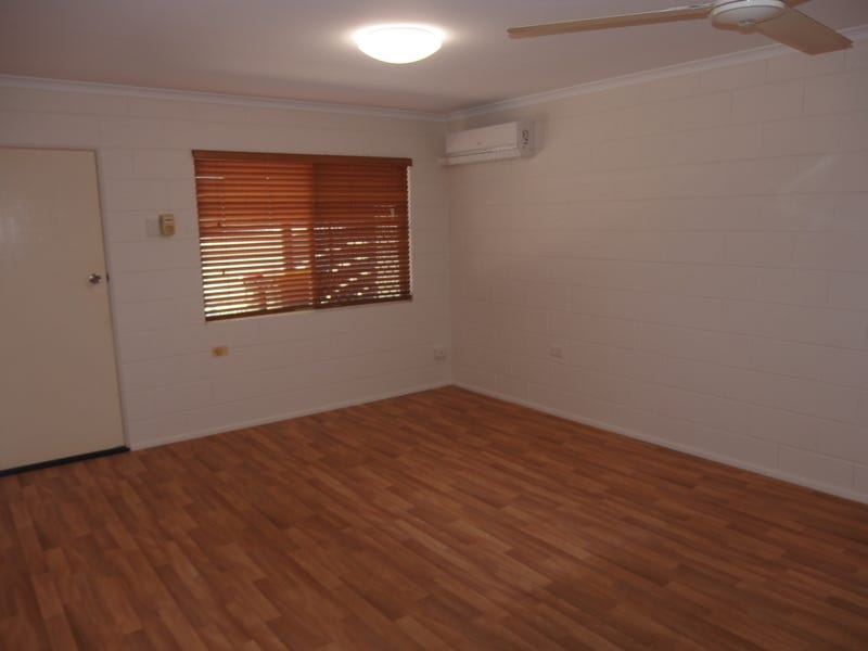 2/4 Piccolo Street, North Mackay, Qld 4740