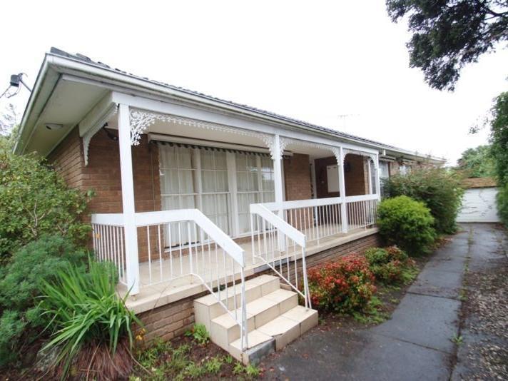 18 Jodi Avenue, Wheelers Hill, Vic 3150