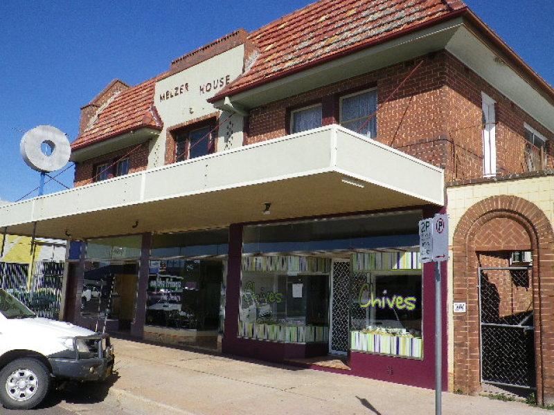 116-120 HOSKINS STREET, Temora, NSW 2666