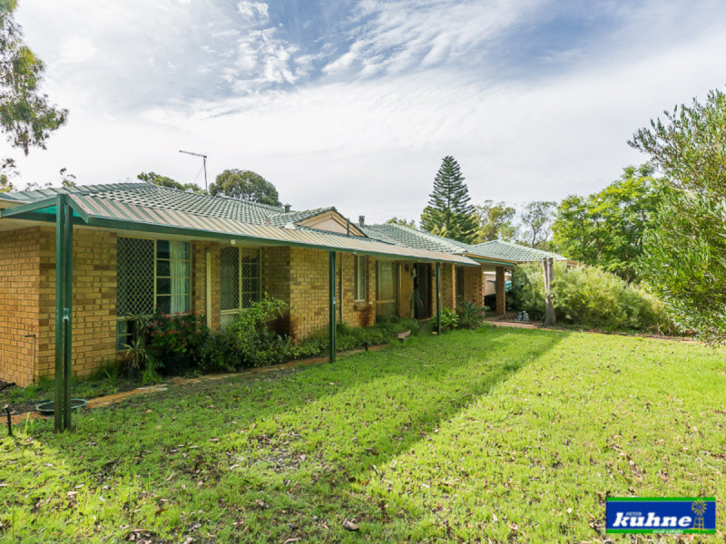 27 Aveley Road, Belhus, WA 6069