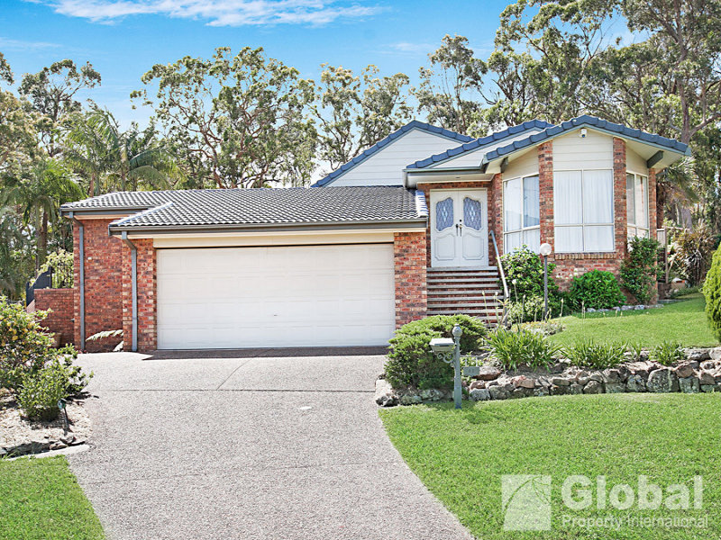 11 Neptune Place, Croudace Bay, NSW 2280
