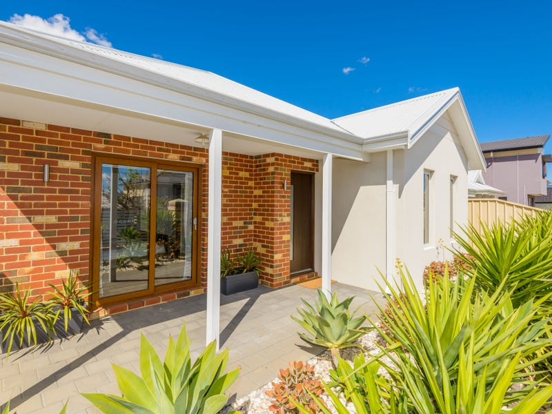 26 Pexton Drive, South Guildford