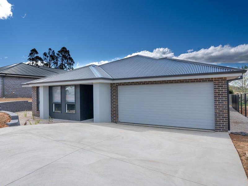 12 Emmaville Street, Orange, NSW 2800