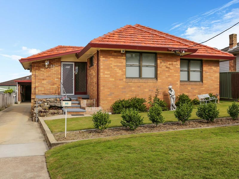 80 Gillies Street, Rutherford, NSW 2320