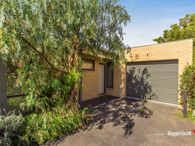 3/3 Montasell Avenue, Deer Park, Vic 3023