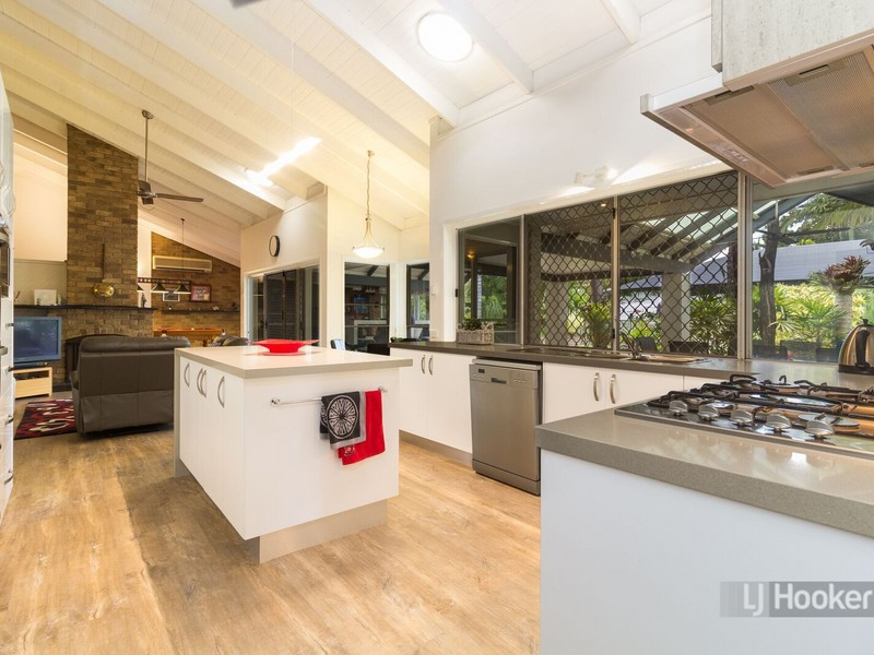 13-15 Junee Court, Heritage Park, Qld 4118