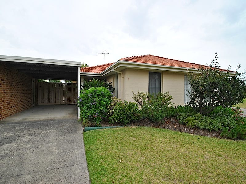 5 Albert Place, Dingley Village, Vic 3172