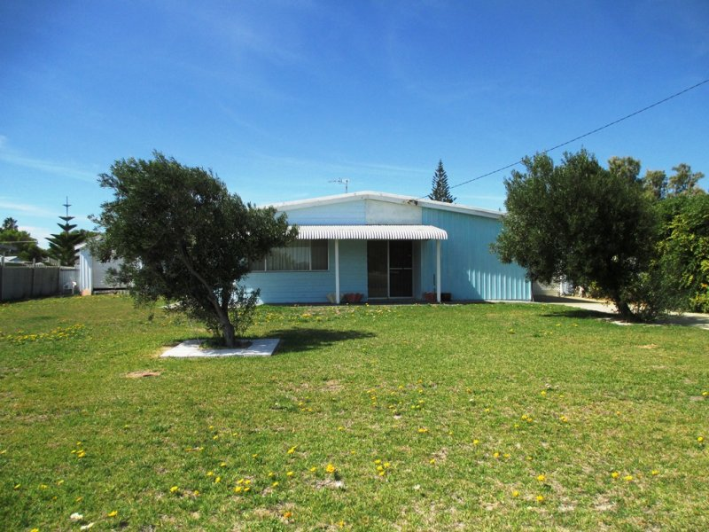 13 Wedge Avenue, Lancelin, WA 6044
