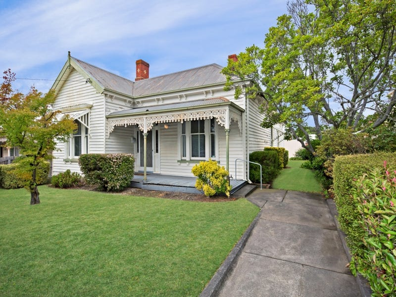 205 Mill Street, Lake Wendouree, Vic 3350