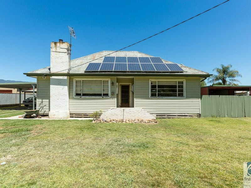 46 Great Alpine Road, Myrtleford, Vic 3737