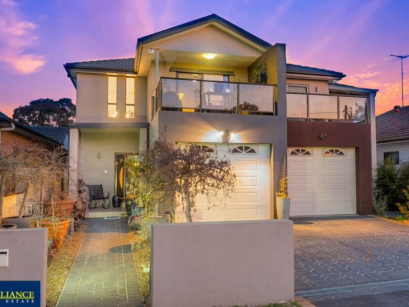 17 Homelea Avenue, Panania, NSW 2213