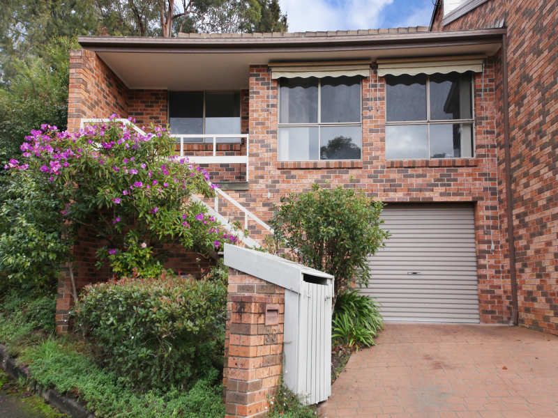 35 The Glen  Crescent, Springwood, NSW 2777
