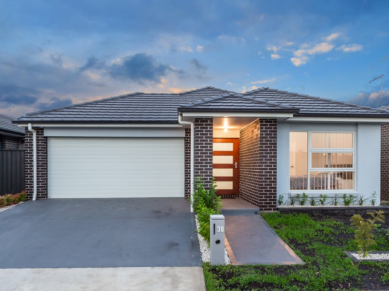 38 Howarth Street, Ropes Crossing, NSW 2760