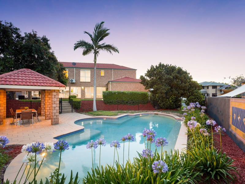 12 Meadowbank Court, Westlake, Qld 4074