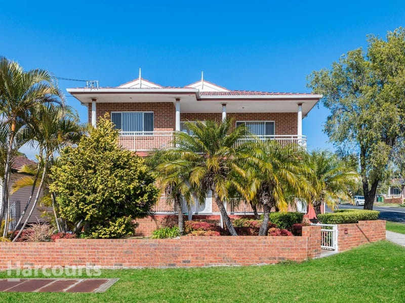 114 Banksia Road, Greenacre, NSW 2190