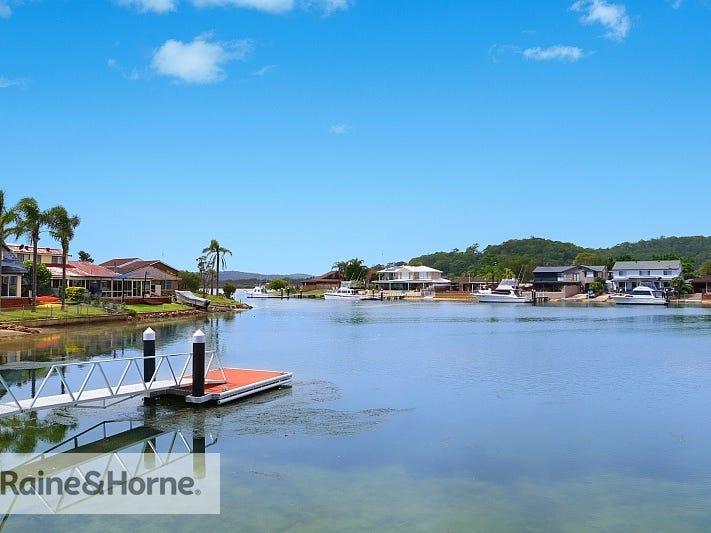 117 Helmsman Boulevard, St Huberts Island, NSW 2257
