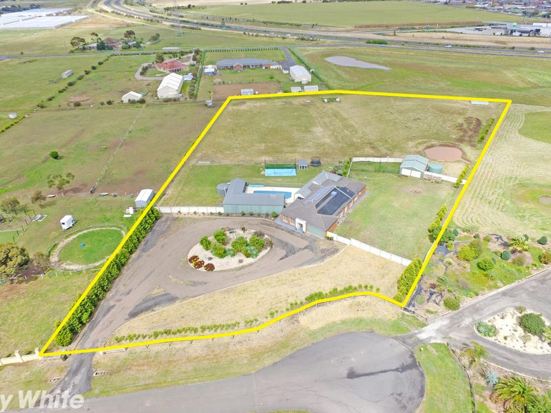 30 Viewbay Court, Lovely Banks, Vic 3213