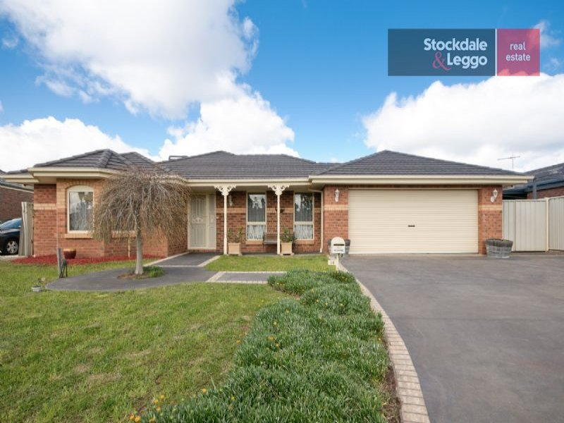 34 Stoneleigh Place, Craigieburn, Vic 3064