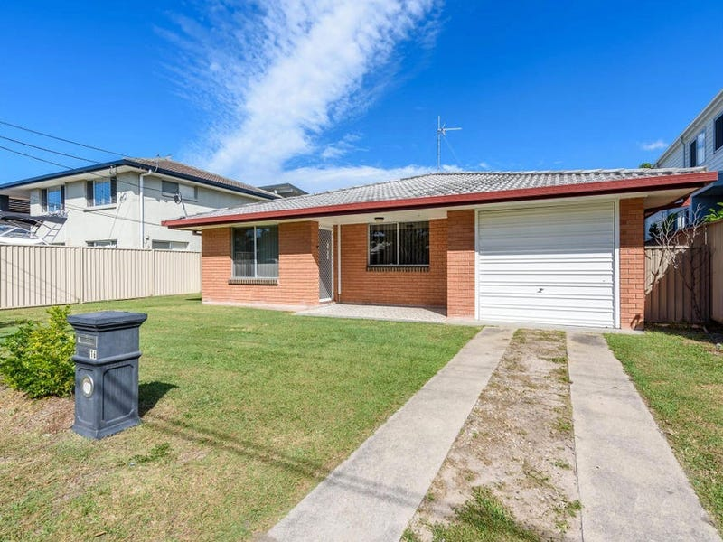 16 Muscovey Avenue, Paradise Point, Qld 4216