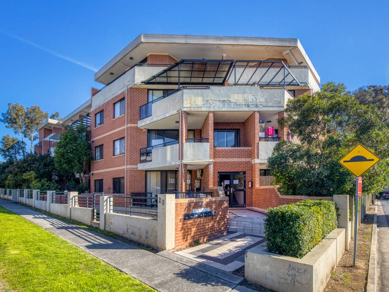 14/2-8  Kitchener Avenue, Regents Park, NSW 2143