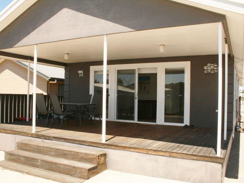 11 Stormbird Street, Port Vincent, SA 5581