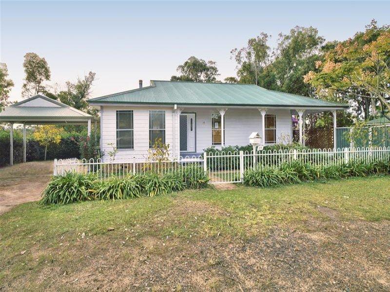 17 Tosca Drive, Gorokan, NSW 2263