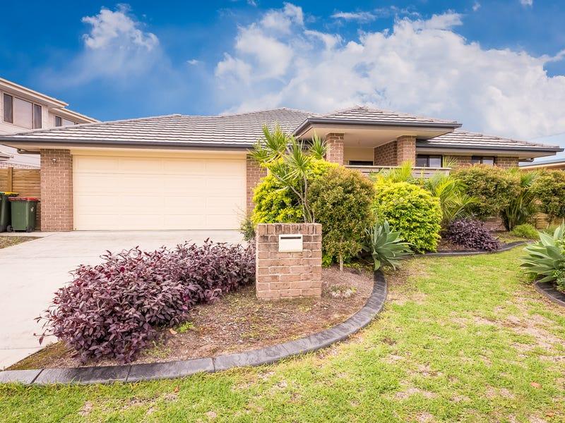 17 John Gollan Avenue, Harrington, NSW 2427