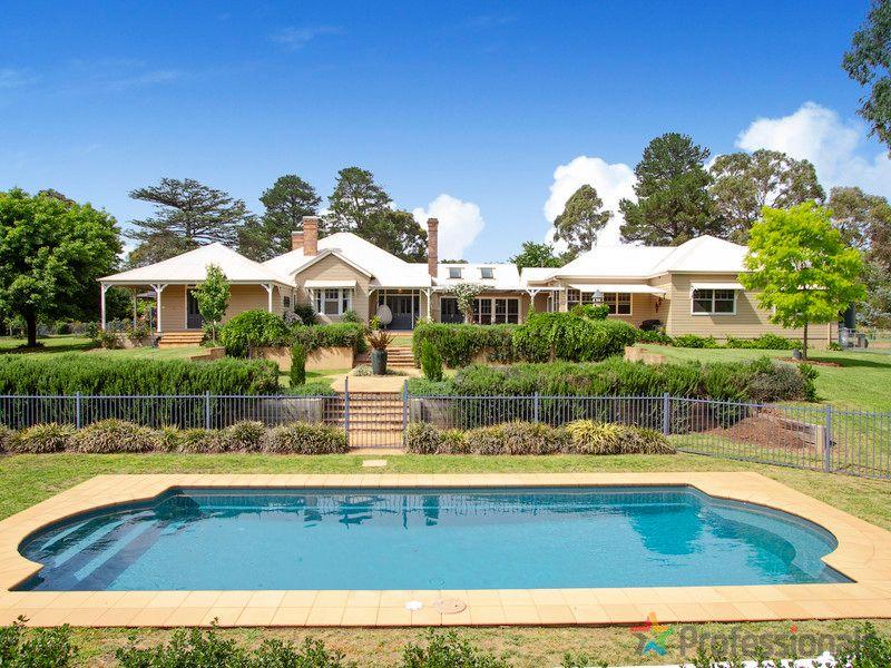 3 Murray Avenue, Armidale, NSW 2350