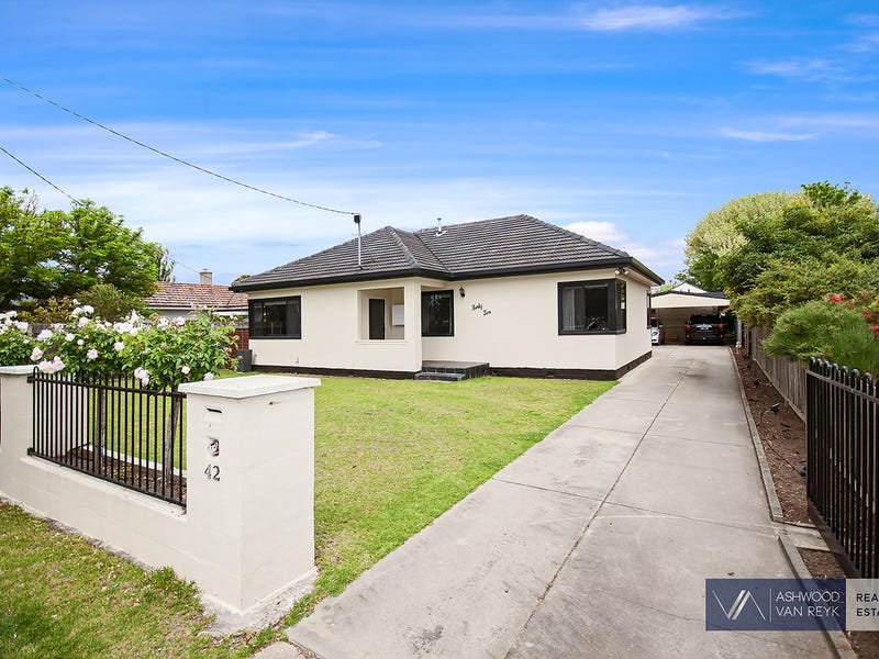 42 Day St, Bairnsdale, Vic 3875