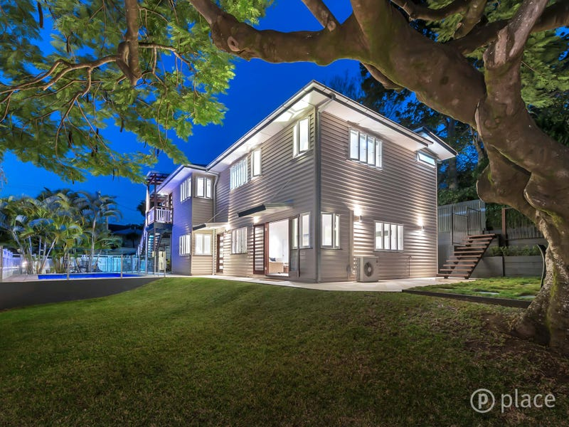 33 Leworthy St, Bardon, Qld 4065