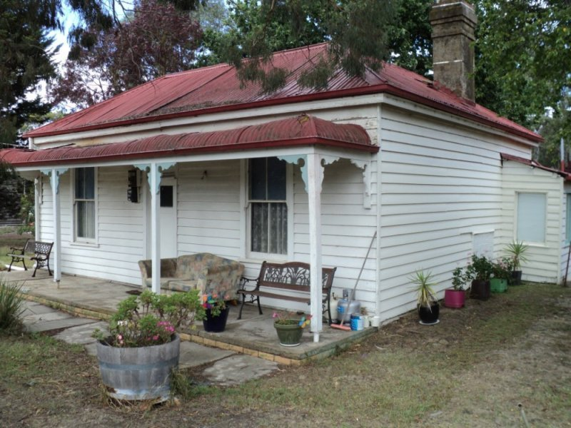 28 Cameron Street, Glenthompson, Vic 3293