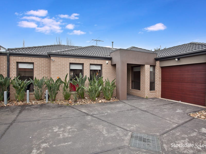 2/15 Kensington Circle, Derrimut, Vic 3030