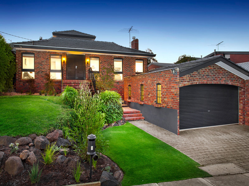 5 Lockheed Street, Strathmore Heights, Vic 3041