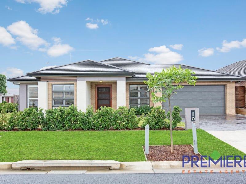 17 Reed Street, Oran Park, NSW 2570