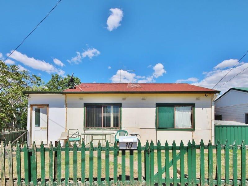 18 Morsbey  Way, West Bathurst, NSW 2795