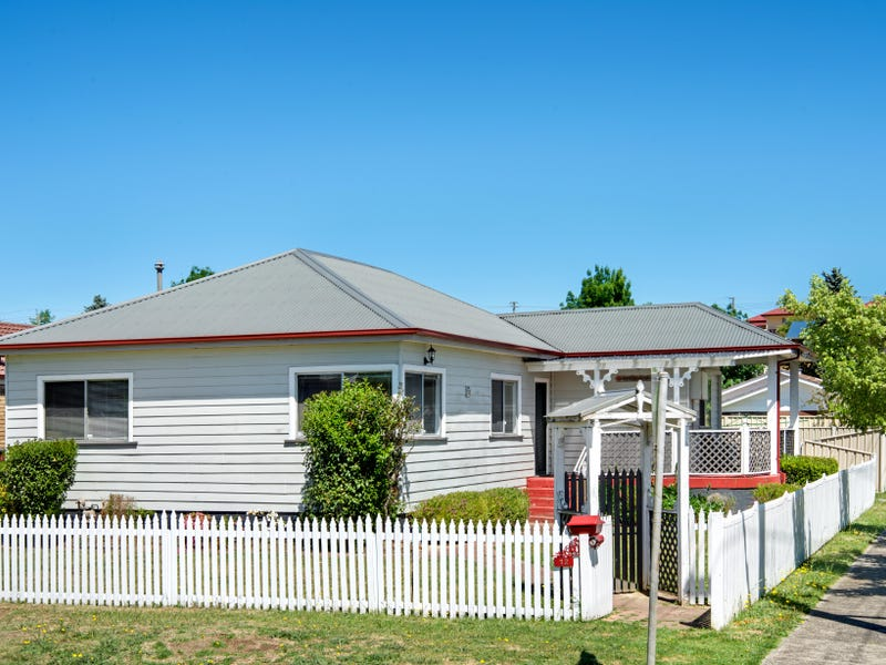 12  Enfield Ave, Lithgow, NSW 2790