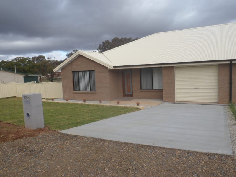 22a Sutton St, Canowindra, NSW 2804