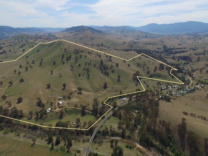 5011 Great Alpine Road, Ensay, Vic 3895
