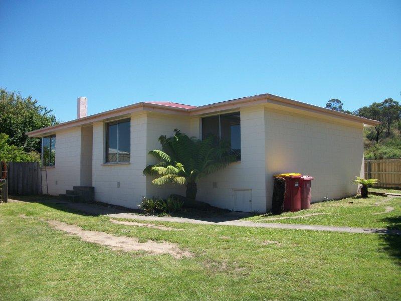 7 Mangana Street, Ravenswood, Tas 7250