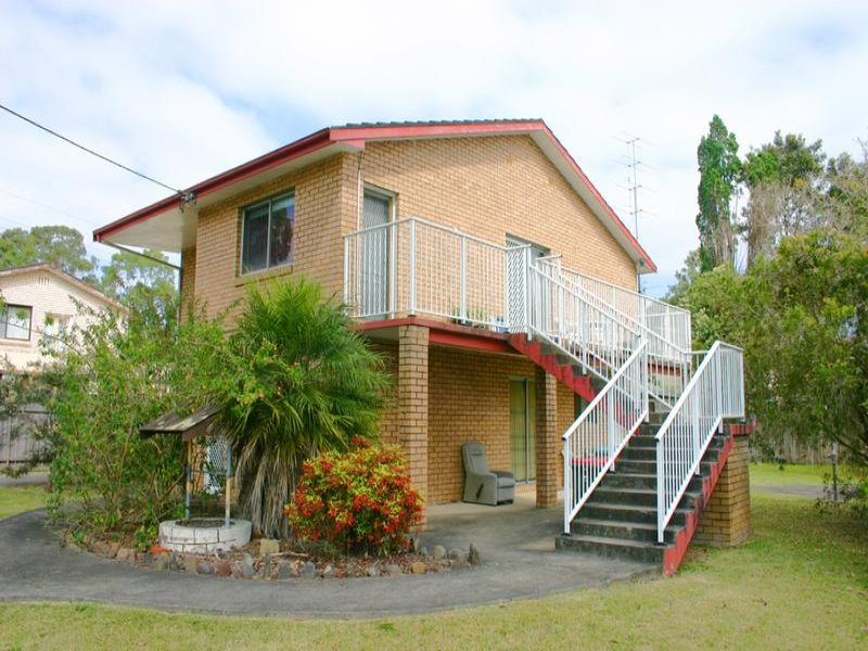 115 Vales Road, Mannering Park, NSW 2259