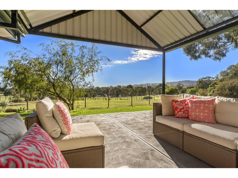 12 Rounsevell Road, Williamstown, SA 5351