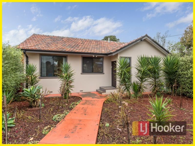 Unit 1/33 Latham Crescent, Dandenong North, Vic 3175