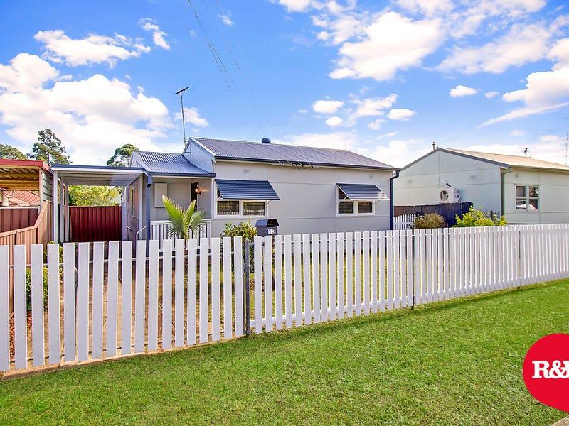 13 Araluen Avenue, St Marys, NSW 2760