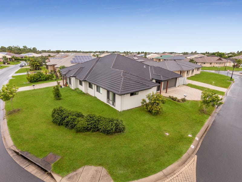 21A & 21B Hopkins Chase, Caboolture