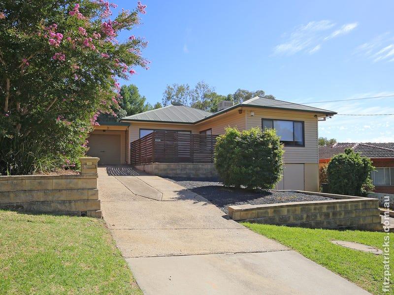 6 Warrawong Street, Kooringal, NSW 2650