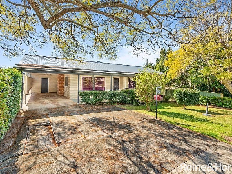 49 Brougham Street, East Gosford, NSW 2250