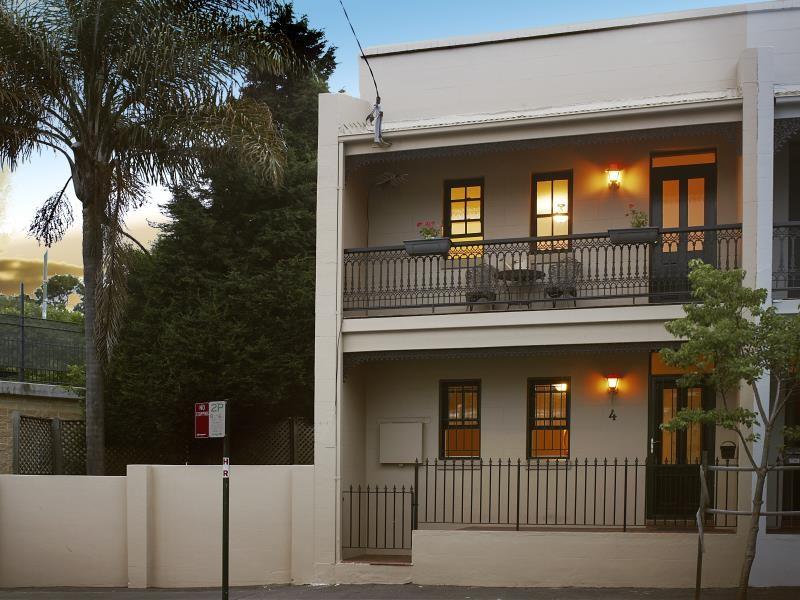 4 BURTON STREET, Glebe, NSW 2037