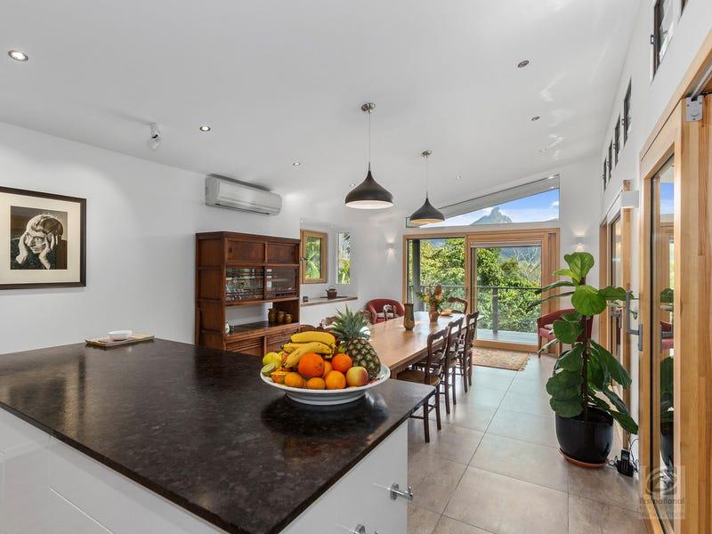 19 McCallum  Place, Uki, NSW 2484